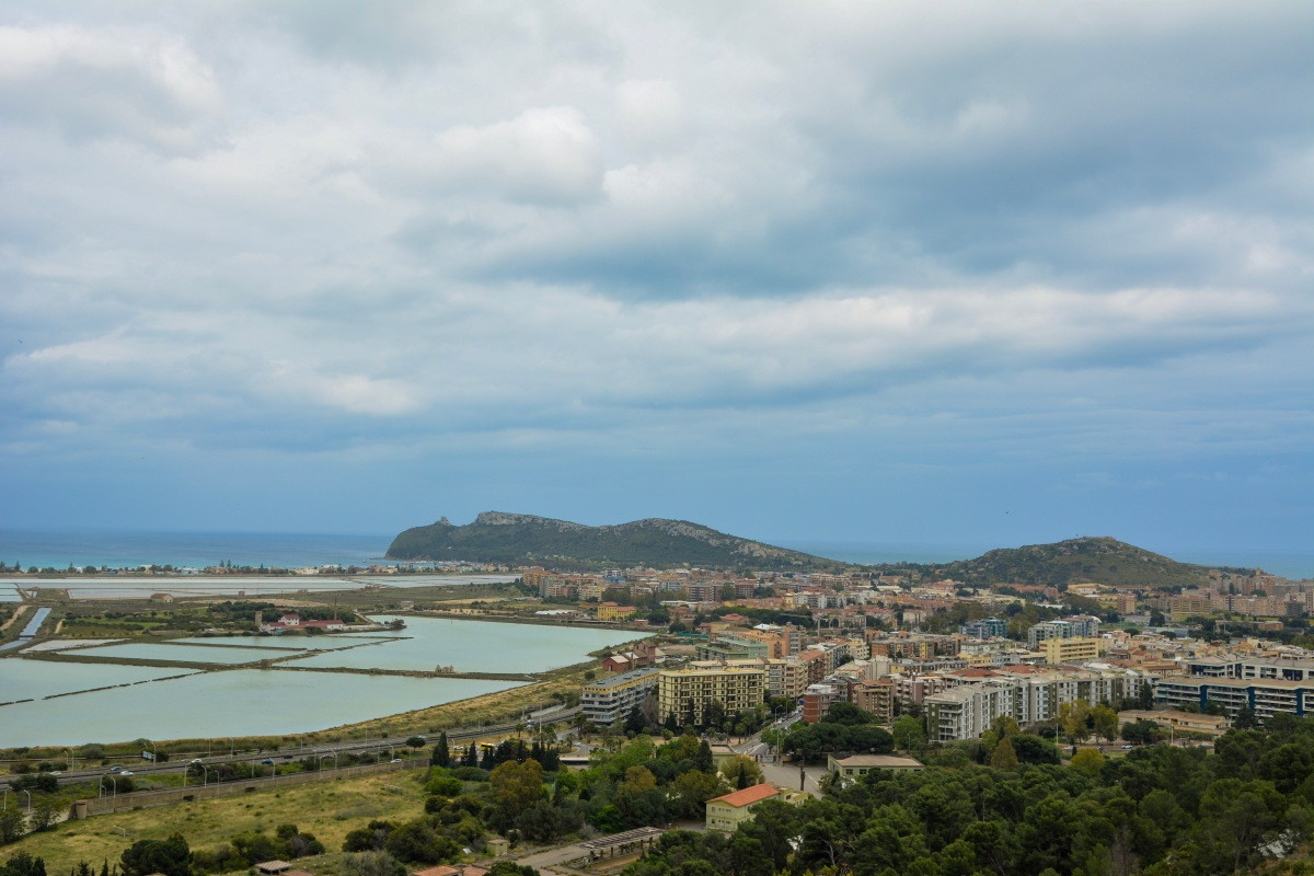 Visit Cagliari, Sardinia on a budget! 9 ways how to do it